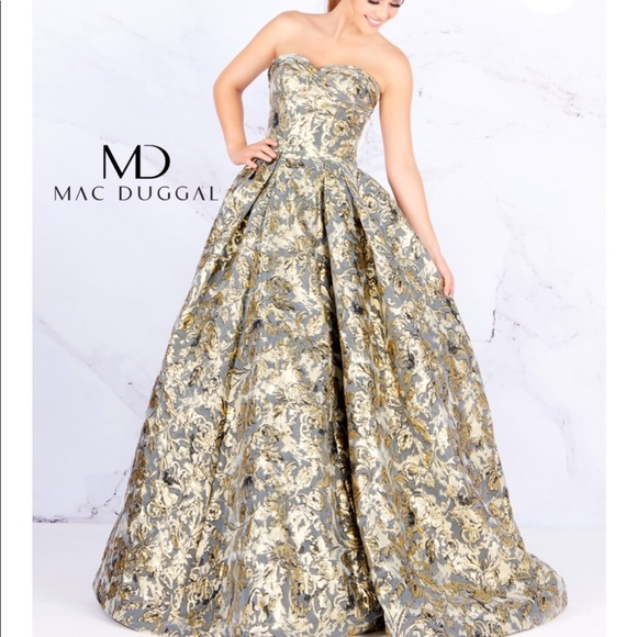 4a39dc5c5542 Mac Duggal Dresses | Reg 598 Macduggal Goldblack Silver Ball Gown ...